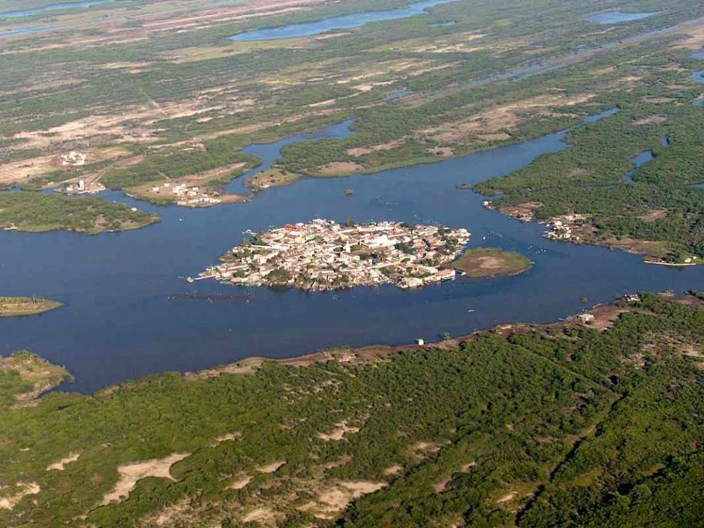 0 84903 dbdd4c5a orig Мескальтитан   город на воде