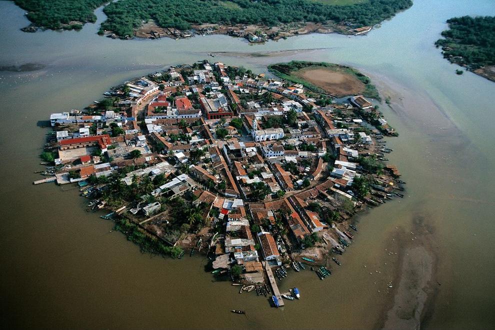 0 84905 f3517b08 orig Мескальтитан   город на воде