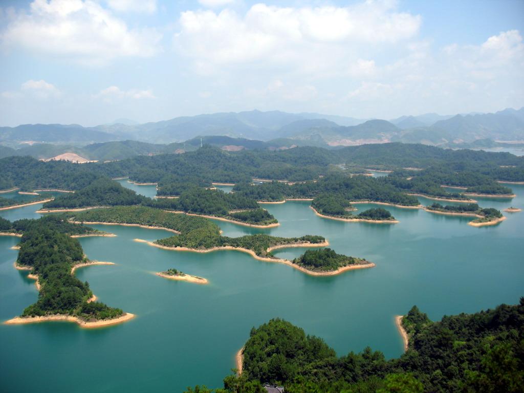 0 86790  Цяньдаоху   Озеро тысячи островов