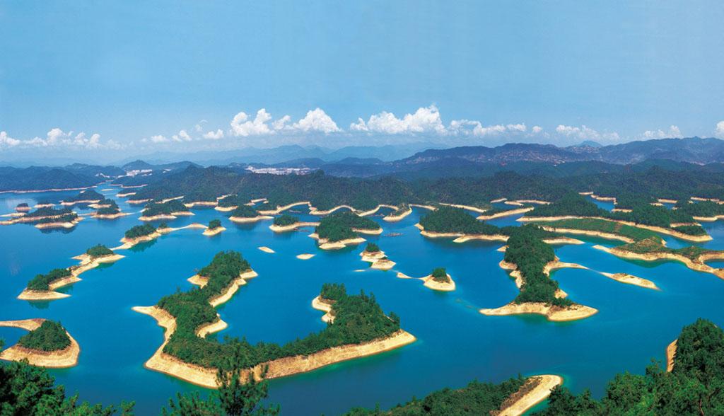 0 86797  Цяньдаоху   Озеро тысячи островов