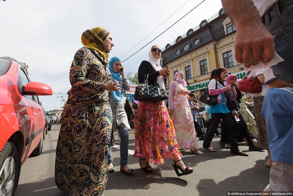 10110 Киев против гей парада
