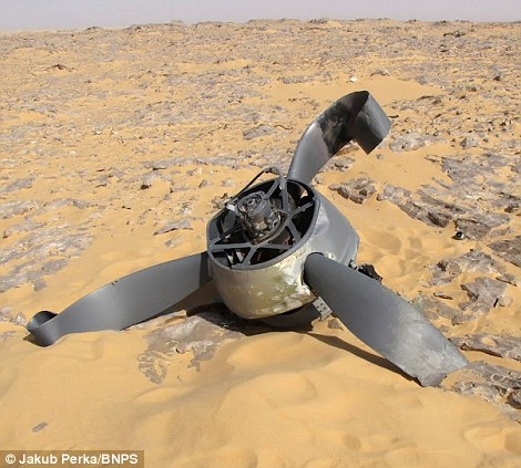 10116 В Сахаре нашли самолет Королевских ВВС времен Второй мировой
