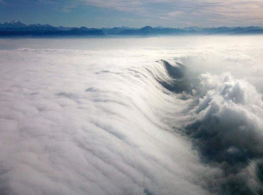 10140 Облака, белогривые лошадки...