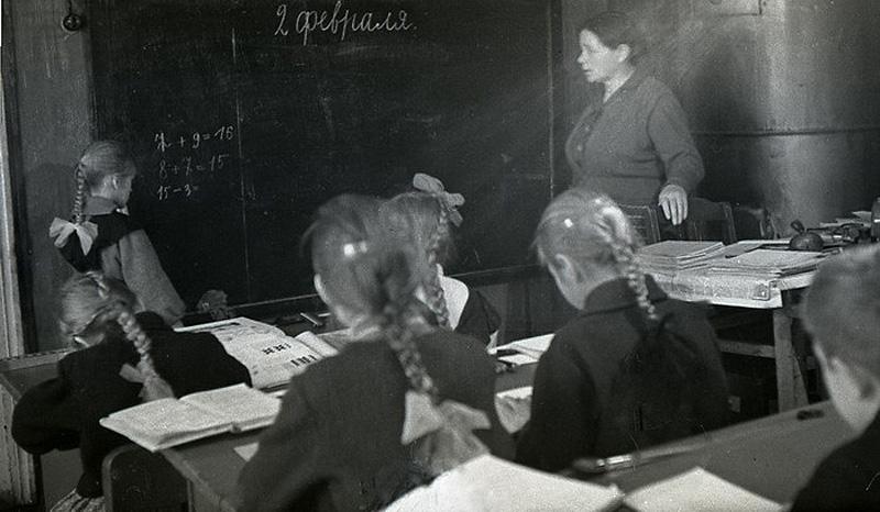 11115 Школа в советской деревне 1964 год