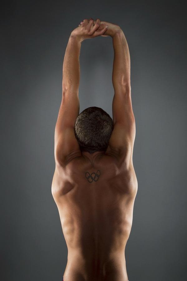 11172 Растяжка спортсменов   поэзия человеческого тела