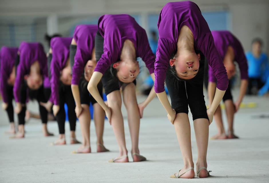 1204 Очень гибкие китайские гимнастки