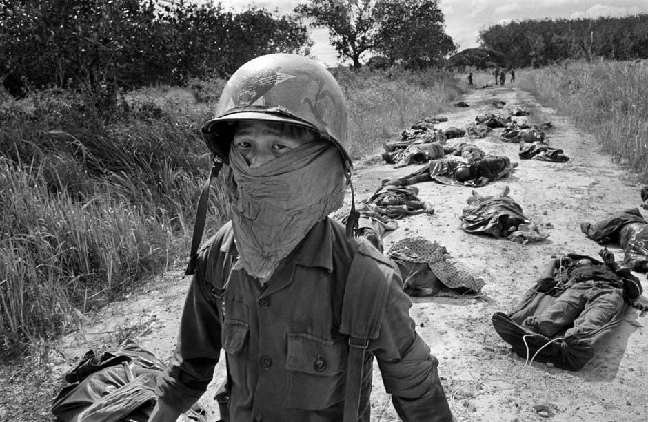 12110 Легендарный военный фотограф Хорст Фаас умер в возрасте 79 лет