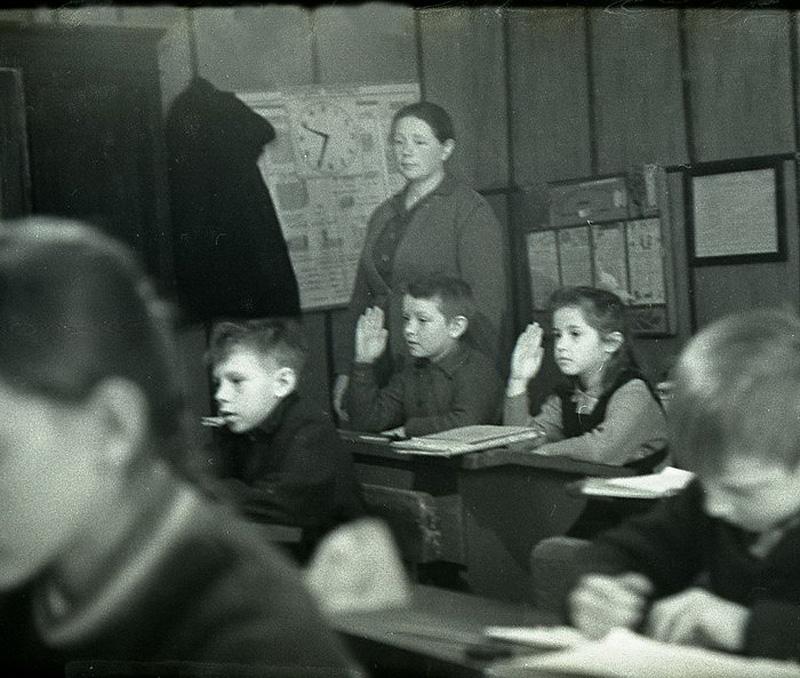 1276 Школа в советской деревне 1964 год