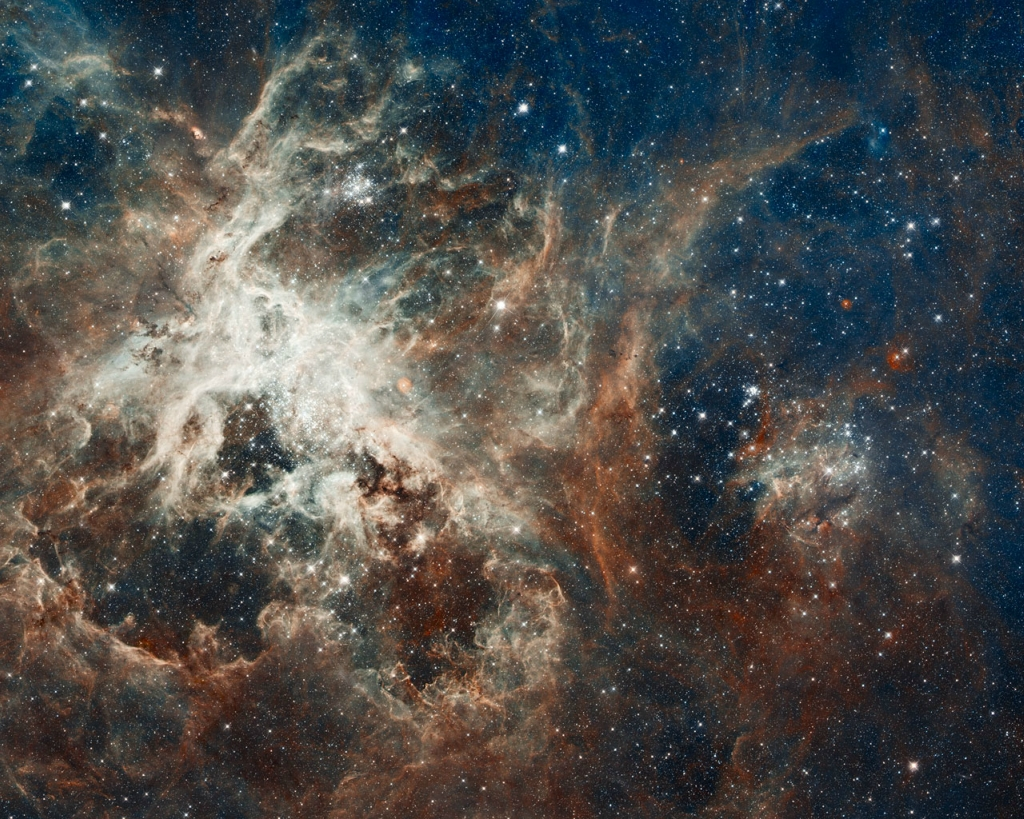 13157 Лучшие фотографии космоса за май 2012