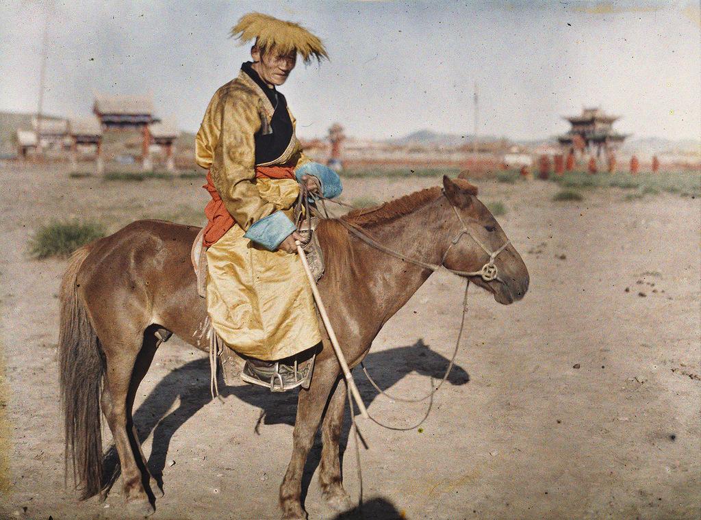 14 Глубокий феодализм в цвете: Российский протекторат Монголия в 1913
