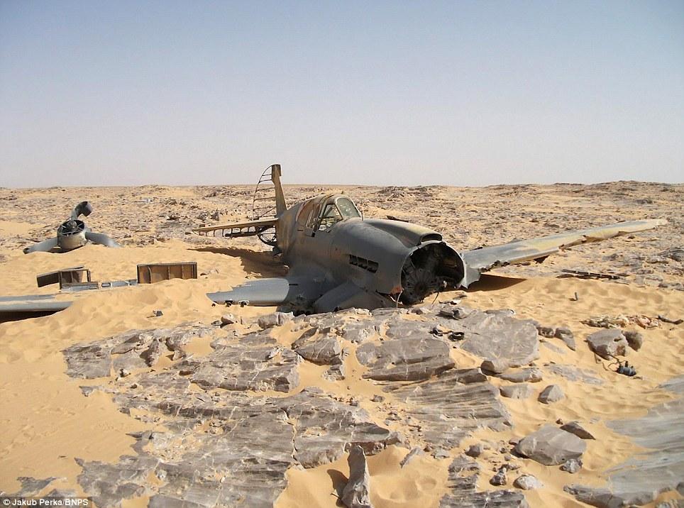 1409 В Сахаре нашли самолет Королевских ВВС времен Второй мировой