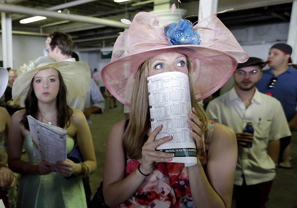 14139 Шляпки на дерби Кентукки