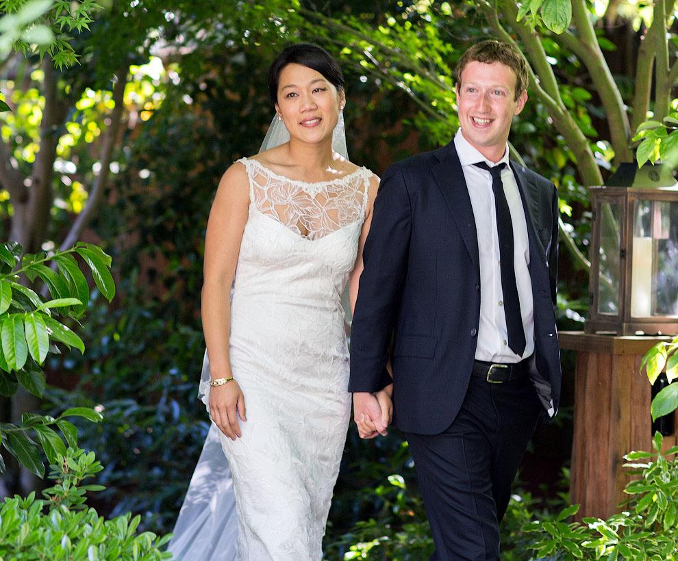 1502 Цукерберг женился!