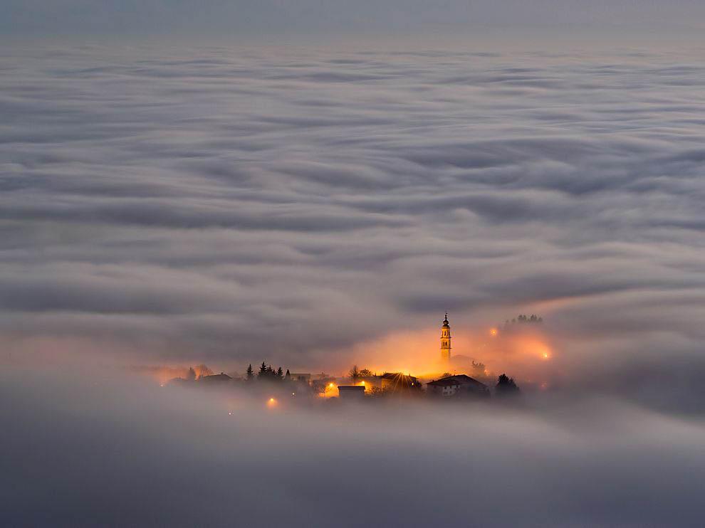 Города окутанные туманом