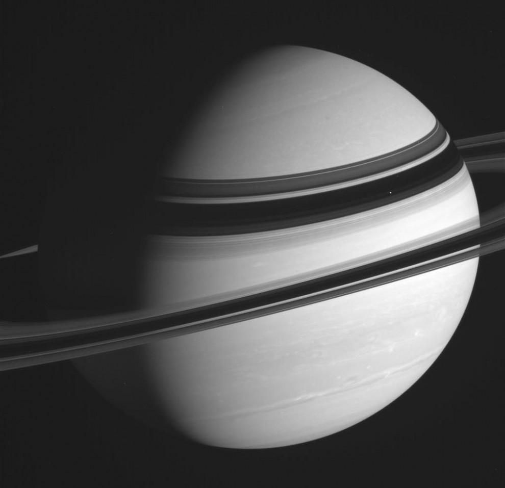16123 990x957 Лучшие фотографии космоса за май 2012