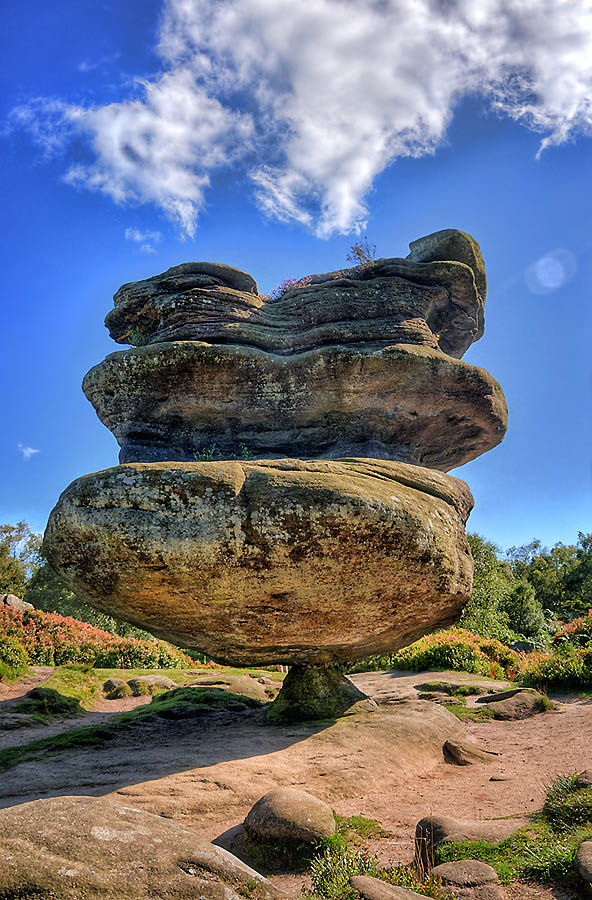 1639 Балансирующие камни