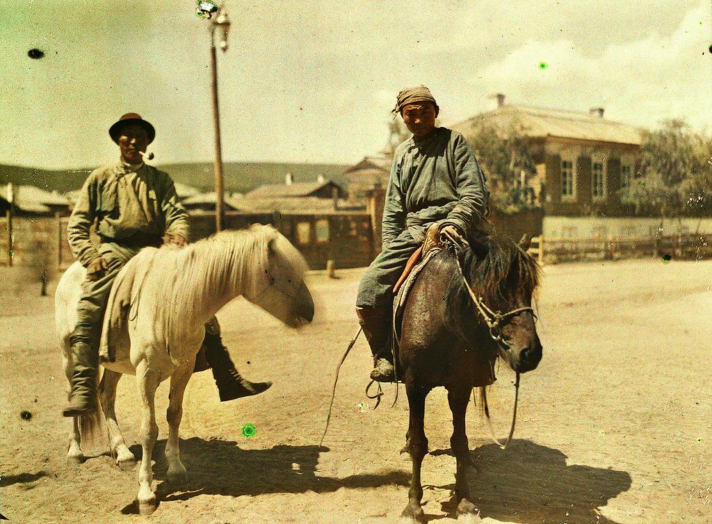 17 Глубокий феодализм в цвете: Российский протекторат Монголия в 1913