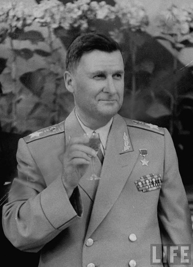 1766 Май 1956 го в Москве