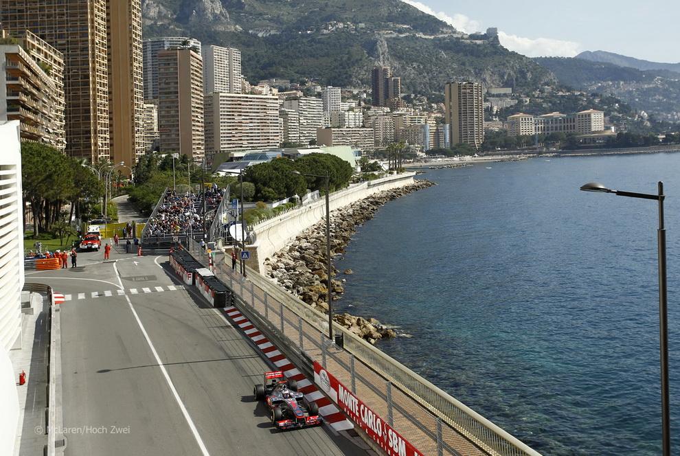 2077 За кадром 70 го Гран При Монако 2012: фоторепортаж