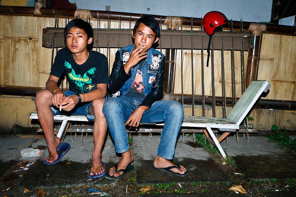 2102 Западные субкультуры по азиатски