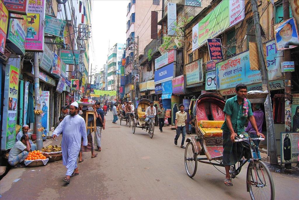 2132 Дакка: хроники социальной помойки или как пережить 5 дней в ужасном мегаполисе