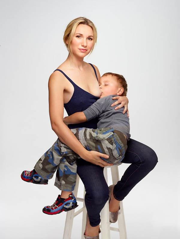 Секс кормящие грудью мама и сын