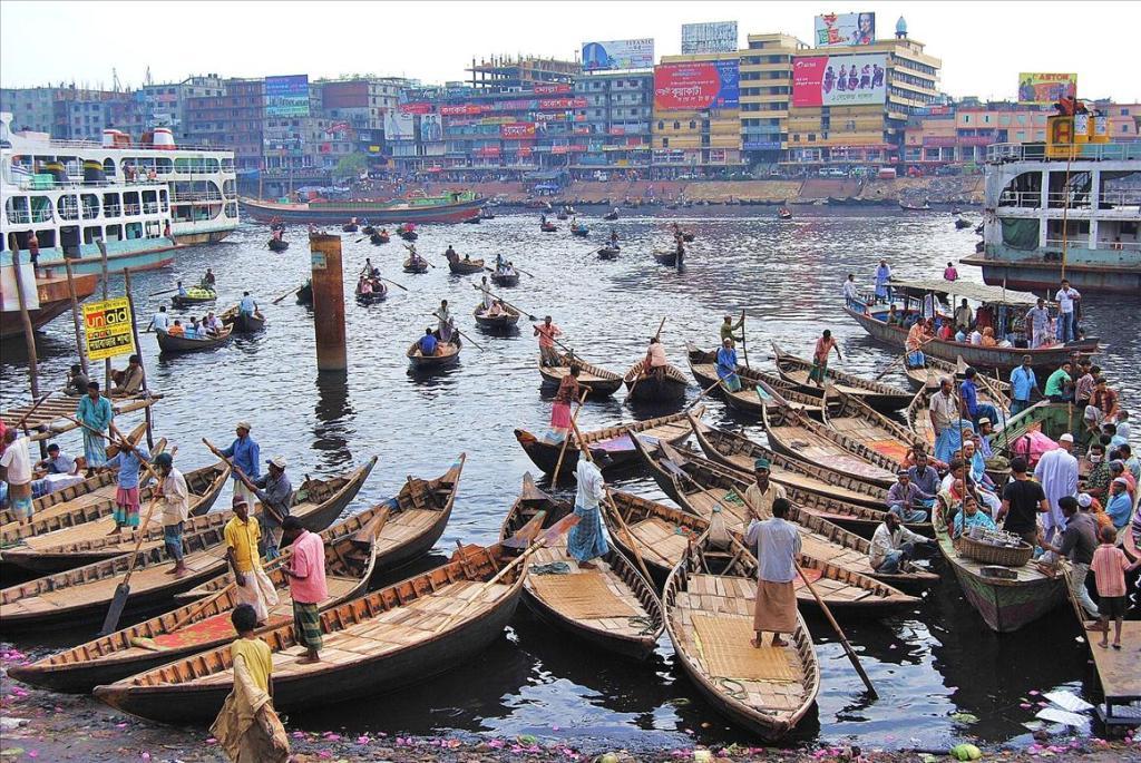 2323 Дакка: хроники социальной помойки или как пережить 5 дней в ужасном мегаполисе