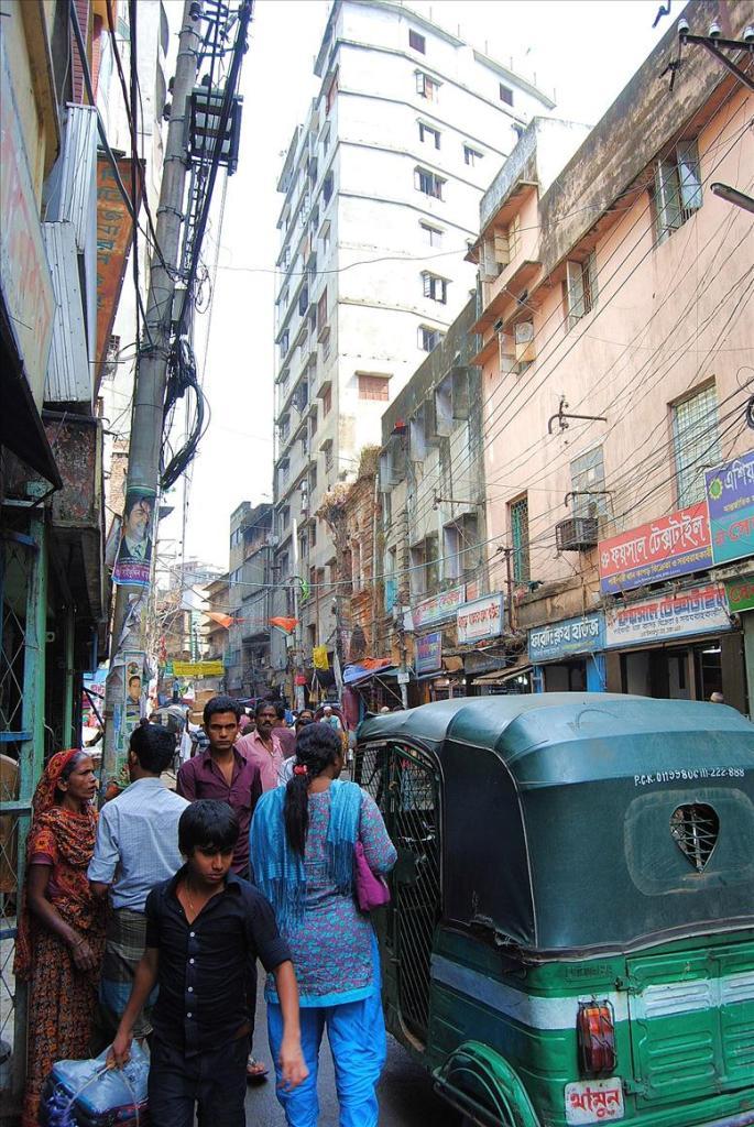 2423 Дакка: хроники социальной помойки или как пережить 5 дней в ужасном мегаполисе