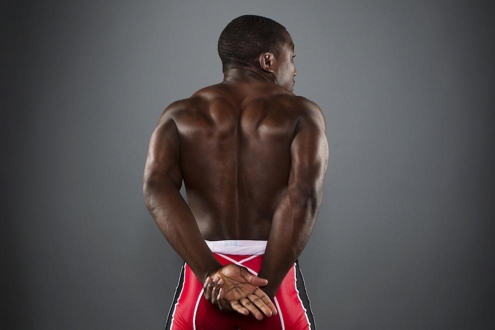 2449 Растяжка спортсменов   поэзия человеческого тела