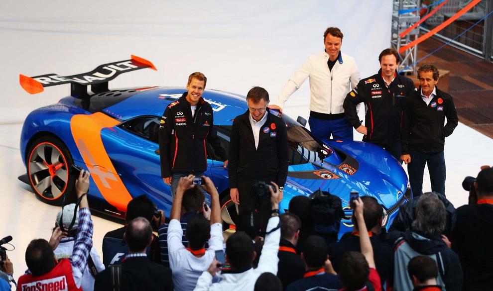 2548 За кадром 70 го Гран При Монако 2012: фоторепортаж
