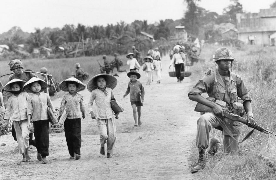 2827 Легендарный военный фотограф Хорст Фаас умер в возрасте 79 лет