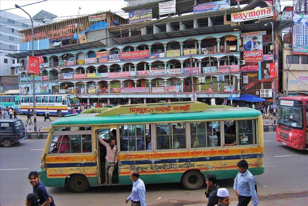 2914 Дакка: хроники социальной помойки или как пережить 5 дней в ужасном мегаполисе