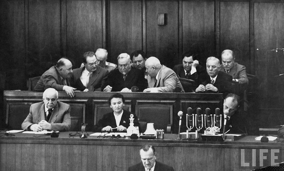 """Результат пошуку зображень за запитом """"Хрущов беседует с Кагановичем в президиуме, фото"""""""