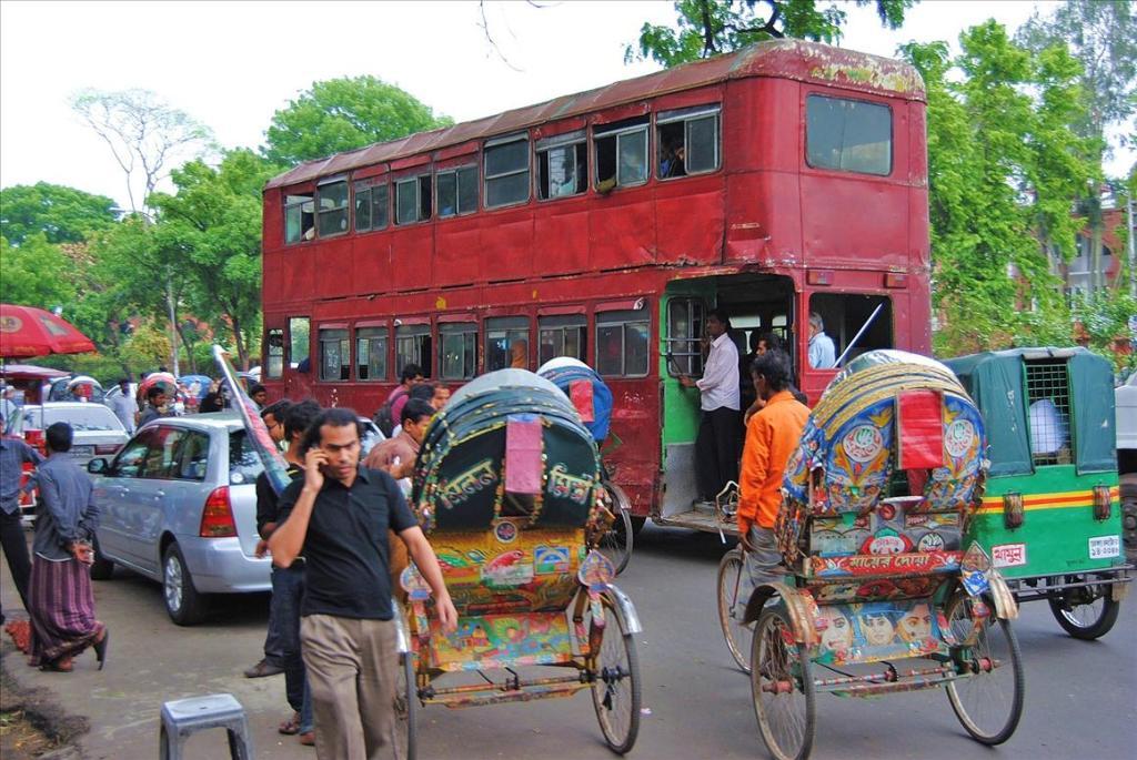 3011 Дакка: хроники социальной помойки или как пережить 5 дней в ужасном мегаполисе