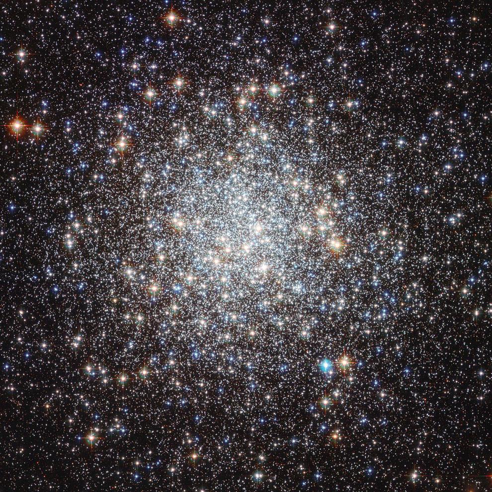 3134 Телескоп Хаббл: 22 года на орбите