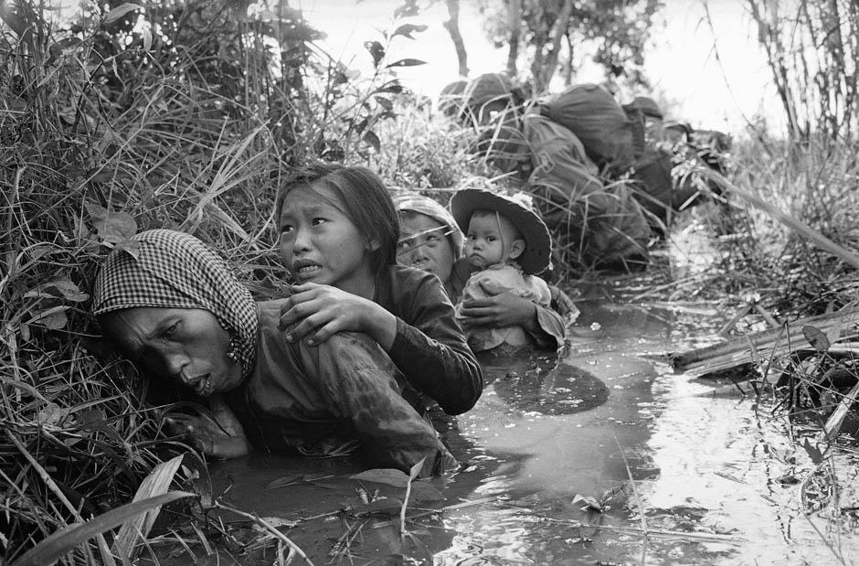 3165 Легендарный военный фотограф Хорст Фаас умер в возрасте 79 лет