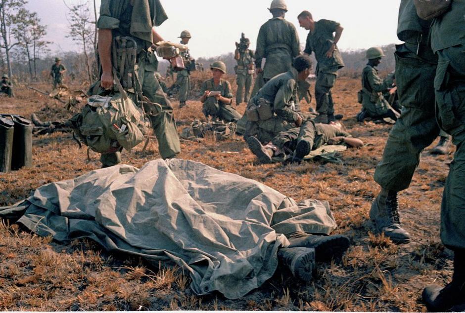3222 Легендарный военный фотограф Хорст Фаас умер в возрасте 79 лет