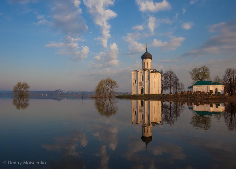 35 Церковь Покрова на Нерли: Аэрофотосъемка