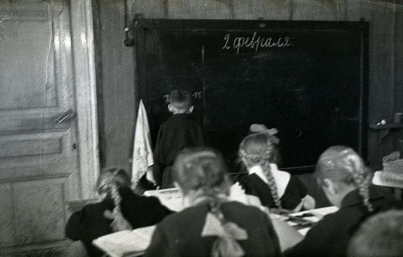 4108 Школа в советской деревне 1964 год