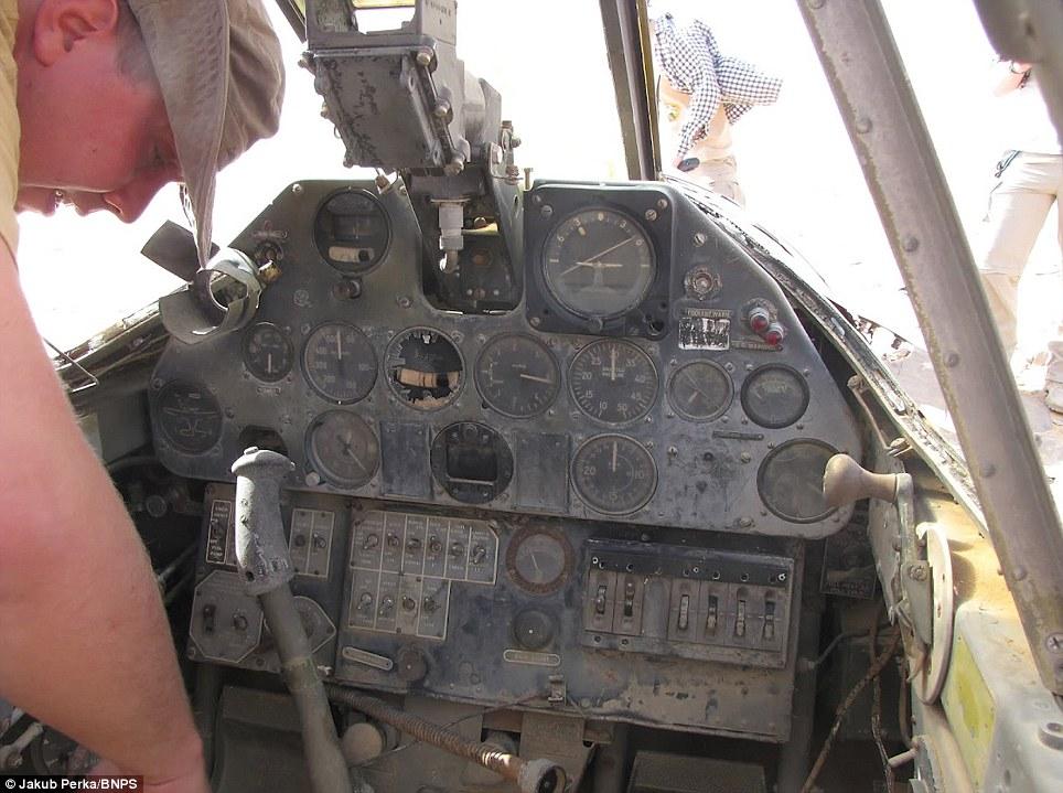 4154 В Сахаре нашли самолет Королевских ВВС времен Второй мировой