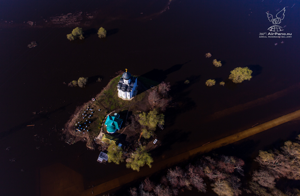 45 Церковь Покрова на Нерли: Аэрофотосъемка