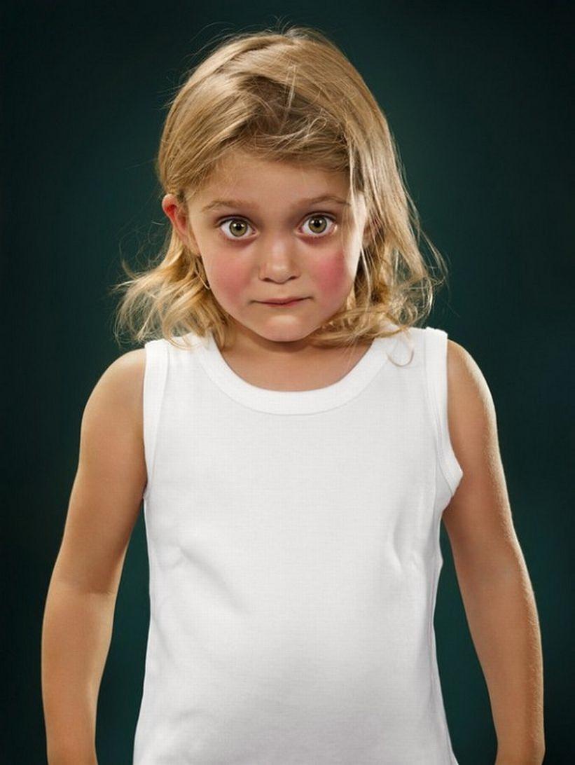 В лицах детей можно уловить очень много эмоций.  Немецкий фотограф Александра Клевер даже посвятила этому целый...