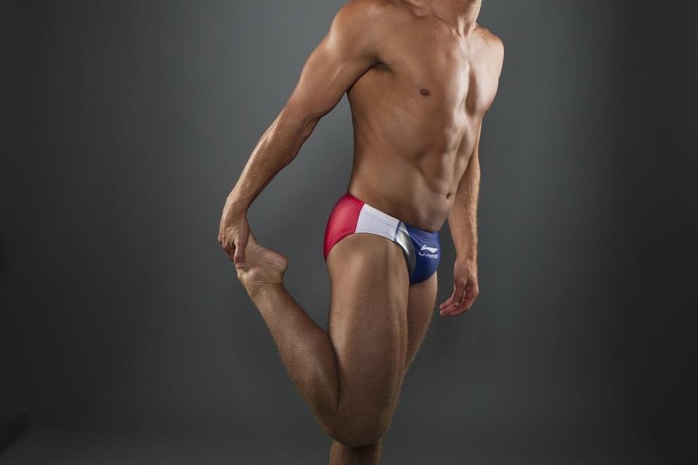 5165 Растяжка спортсменов   поэзия человеческого тела