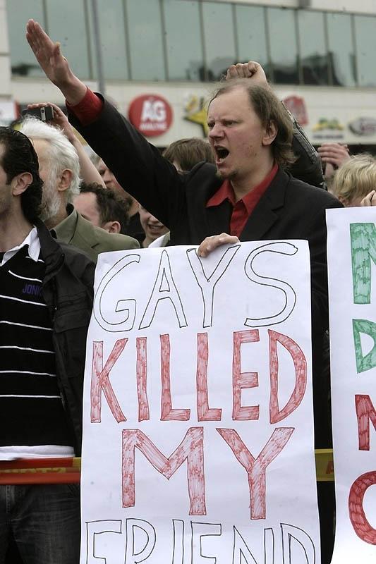 5207 Лица гомофобии разных стран мира