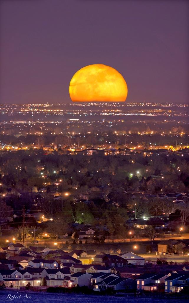 5208 Лучшие фотографии космоса за май 2012