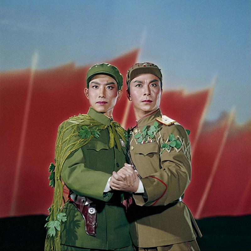 631 799x800  Китайская коммунистическая опера
