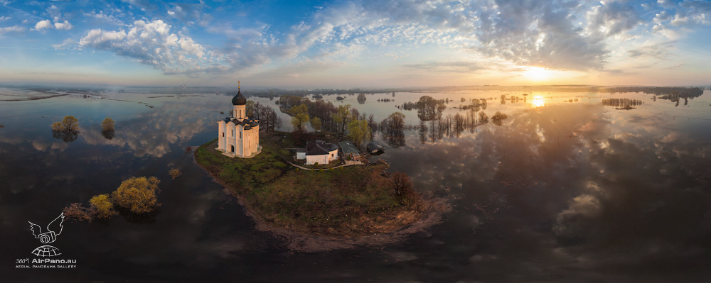 65 Церковь Покрова на Нерли: Аэрофотосъемка