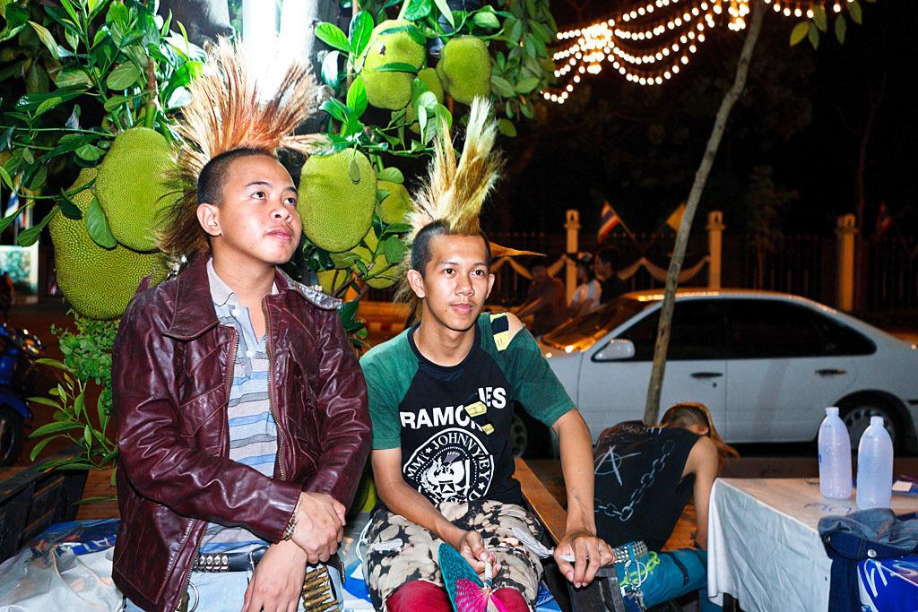 732 Западные субкультуры по азиатски