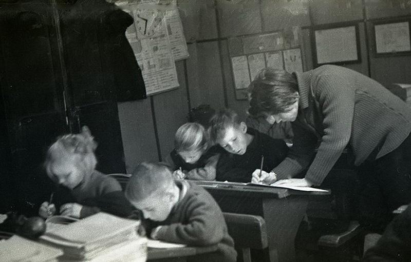 780 Школа в советской деревне 1964 год