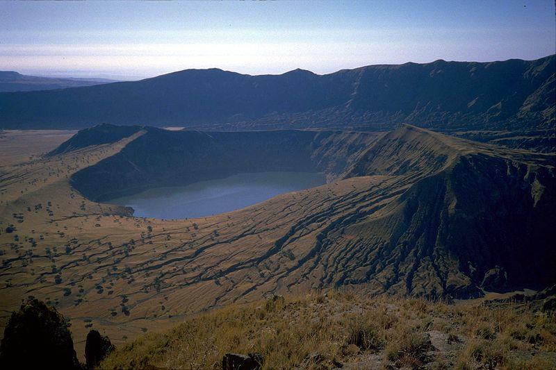 9155 15 кратерных озер